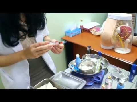 Injeksi intramuskular dari flacon
