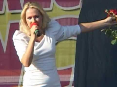 Cristina Darha(Hangitele) la Fălticeni duminică - LIDL prezintă Mix Music Evo