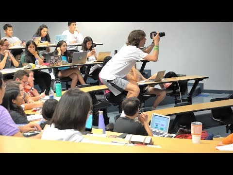 OBVIOUS CHEATING IN LECTURES PRANK!