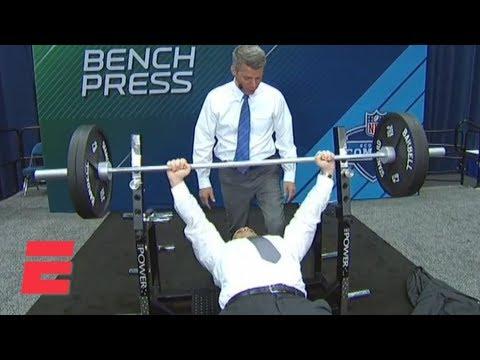 Did ESPN NFL Insider Adam Schefter Really Bench Press 225 Pounds? | ESPN