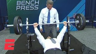 Did ESPN NFL Insider Adam Schefter Really Bench Press 225 Pounds? | ESPN
