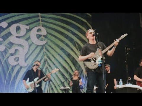 George Ezra - Pretty Shining People (New Song) @Rock En Seine 2017
