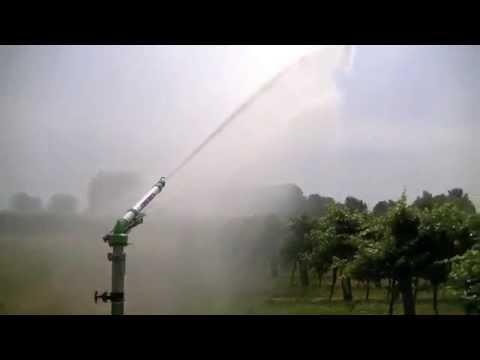 Irrigazione vigneto con gemini youtube for Irrigazione vigneto