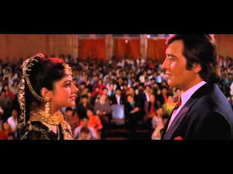 Помогает убрать король и королева индийский фильм объявления