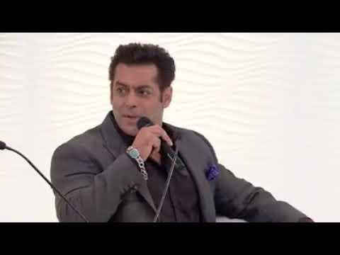 Salman Khan On Akshay Kumar and amitabh Bachchan,  My life is Boring