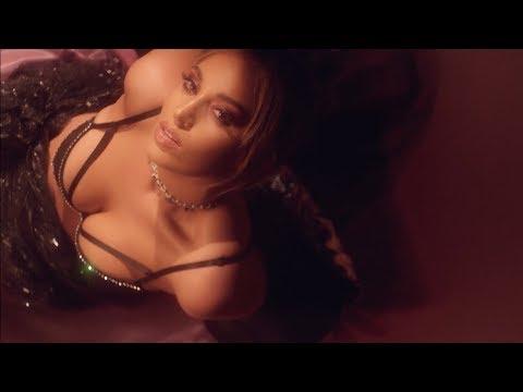 "Alina Baraz - ""Feels Right"" (Official Music Video)"