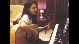 [Vid] XuLu tập hát bằng đàn guitar!