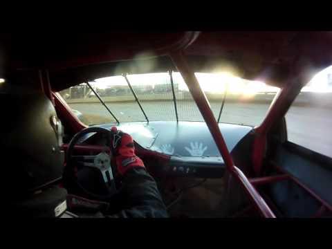 Belle-Clair Speedway Pro 4 Heat Race 6-9-17