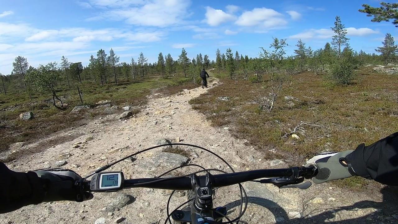 Sähköavusteinen Maastopyörä