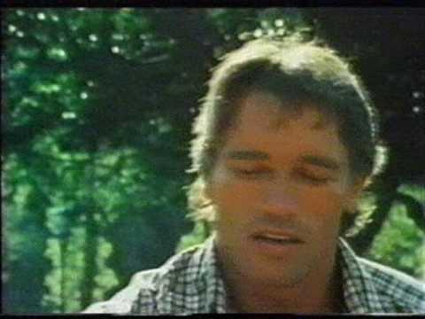 Arnold Schwarzenegger-...