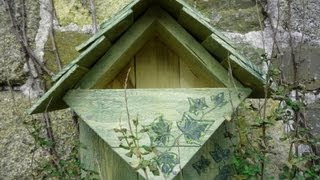 DIY Repurposed Wood Nest Box (Robin & Wrens). Nichoir rouge-gorge. Caja nido - palets reciclados