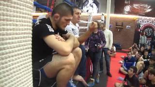 Хабиб Нурмагомедов о тренировках, сгонке веса и приемах