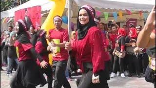 Wahh...Seksinya Dato' Sri Siti Nurhaliza Menari!!! Lets ZUMBA!!