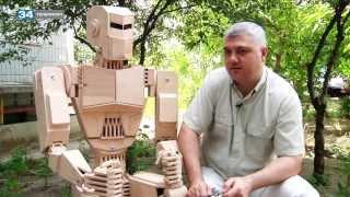 Деревянный робот в программе «ЛЮДИ»