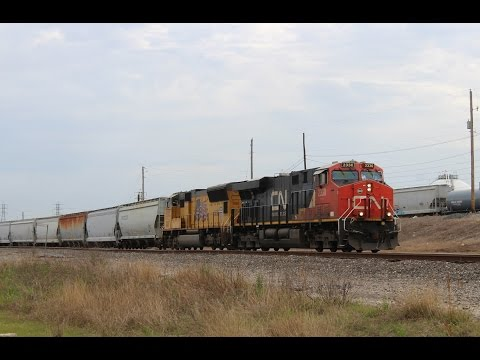 Railfanning Houston, TX 3/4/17 ft CN leader, SP, CREX, repainted AC6000, & more!