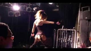 杏野ヒナナさんのライブ映像です。50TAが大好きのようで、念願のノ...