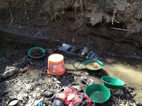 Missouri Gold Prospecting With Sluice Box