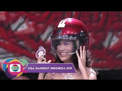 BIKIN NGAKAK!!! Helm Dance Alif-Kaltim Bikin Putri Dan Rara Ikutan - LIDA 2019