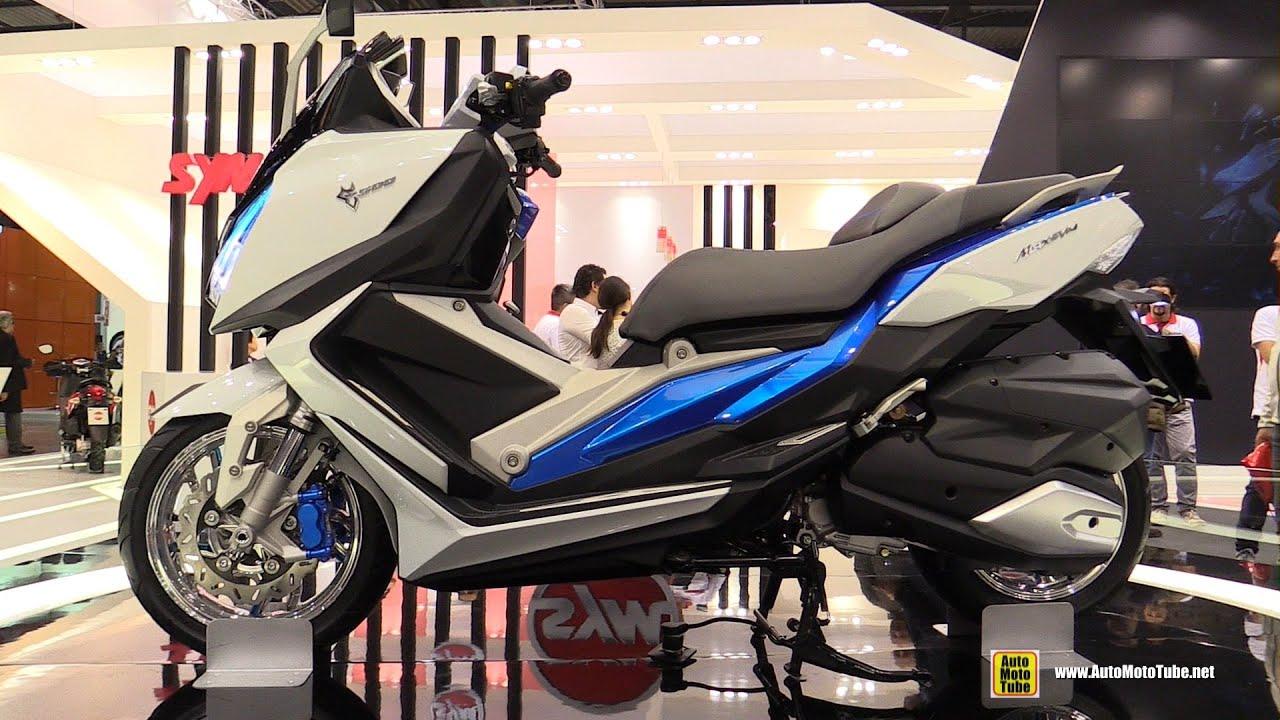 2016 SYM MaxSym 500 Scooter - Walkaround - 2015 EICMA Milan
