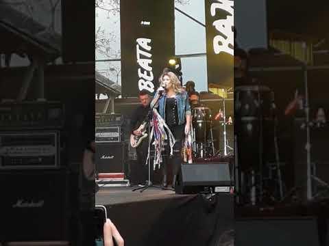 Beata Kozidrak i Bajm - Piechotą do lata - Rumia 03.05.2018