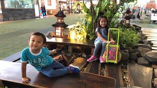 Zara Cute Jalan Jalan dan Belanja SERBA UNICORN di Terminal 3 Bandara Soetta | Jemput - Kangen Papa