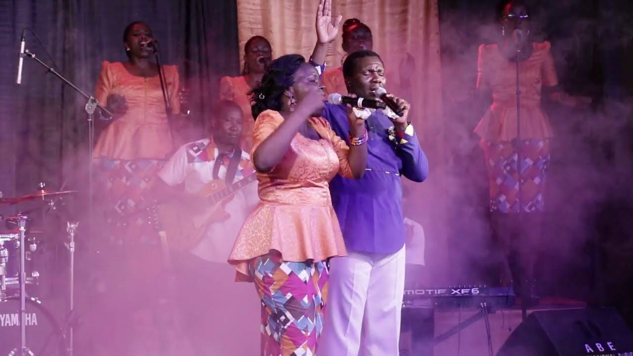 Download PAUL MWANGOSI FT STELLA MUNISI SHEMDOE: HERI HESHIMA [OFFICIAL VIDEO]