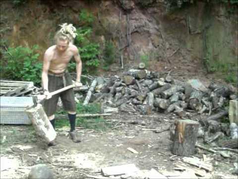 Splittin Wood