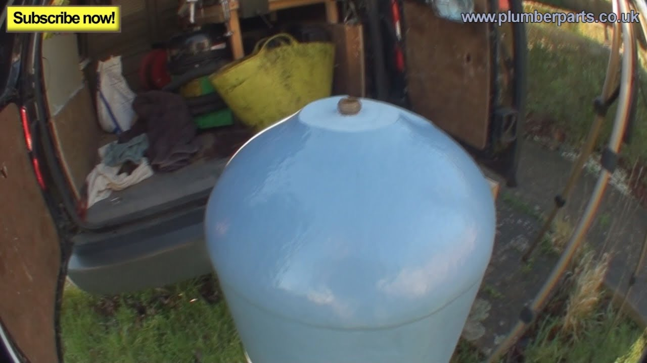 VENTED HOT WATER CYLINDERS - Plumbing Tips - YouTube