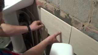 Укладка плитки на неровную поверхность стены(Больше подробностей на http://doctorlom.com/item158.html Легко и быстро укладывать плитку на ровную стену. Однако часто..., 2014-10-18T19:52:27.000Z)