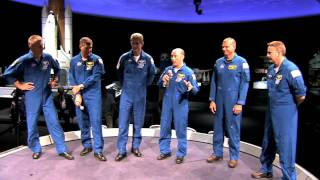 Space Shuttle STS-132 Astronauts Visit National Air and Space Museum