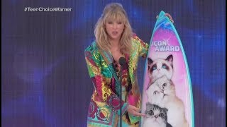 Taylor Swift announces new song 'Lover' while accepting the Icon award Video