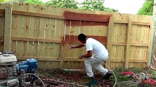 How to Painting a Wood Fence Step by Step