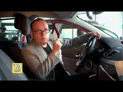 Открываем Renault с разряженным аккумулятором