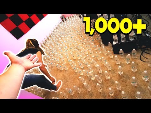 PRANKING FRIENDS WITH 1,000 WATER BOTTLES!