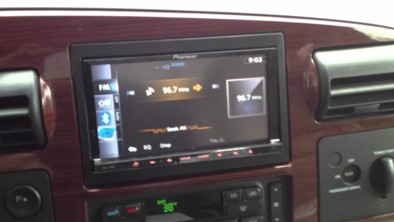 Ford F350 2006 with pioneer Avic-z130BT - YouTube