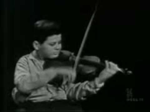 Itzhak Perlman 13 years old Mendelssohn Violin Concerto