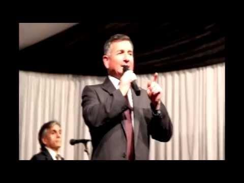 A Mis Queridos....Canta Juan Francisco Caris
