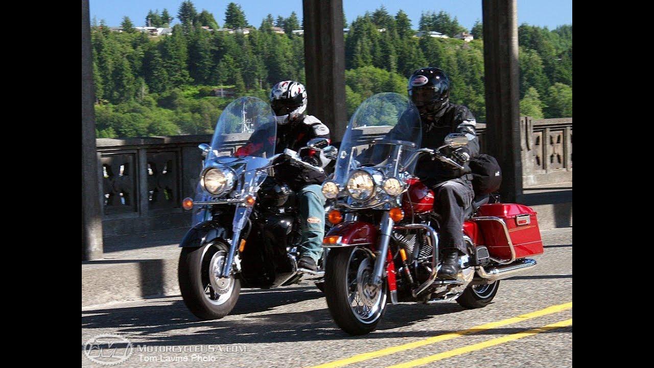 2006 Harley Davidson Road King Vs Yamaha Royal Star Motousa