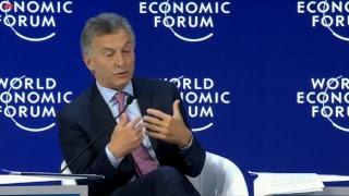 El Presidente expone en la Sesión Plenaria del Foro Económico Mundial en Davos
