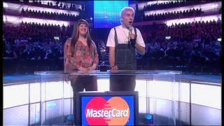 Robbie Williams wins British Male presented by David Walliams & Matt Lucas   2003