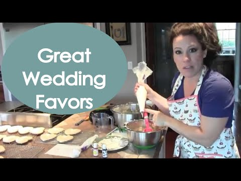 Decorate Bride And Groom Wedding Cookies (how To) - Renee Romeo