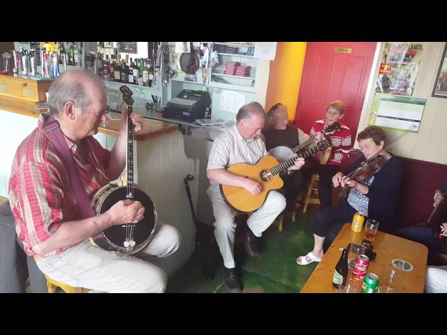 A lively session with Causeway Ramblers in Parker's Pub, Kilflynn on Sunday 24th July 16