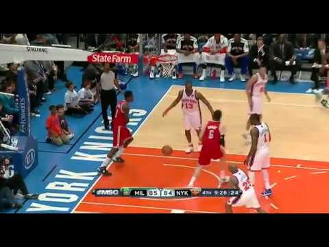 Larry Sanders dunks on the Knicks