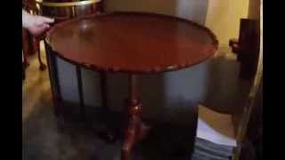 Philadelphia Chippendale Tripod Pie Crust Tea Table - Item 104