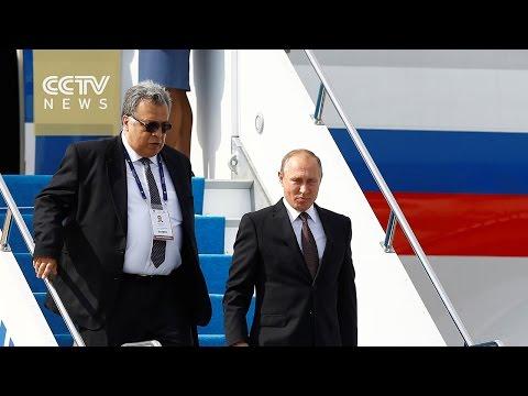 Vladimir Putin in Istanbul for talks with Erdogan