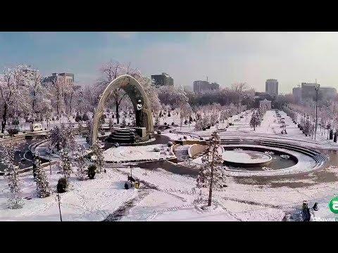 Таджикистан радуется первому снегу!