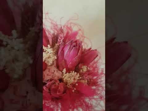 bouquet-de-mariée-en-fleurs-séchées