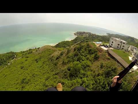 Zbor cu parapanta la  TOPOLA  2  fly Paragliding flying