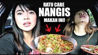 Download Video 2 RATU CABE NANGIS MAKAN TAHU RAWIT INI! *Pedas Mampus* ft Farida Nurhan MP3 3GP MP4