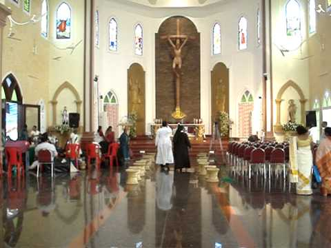 ST  FRANCIS XAVIER CHURCH ALUVA 18102012 Video By HYGNES JOY PAVANA MOV02243